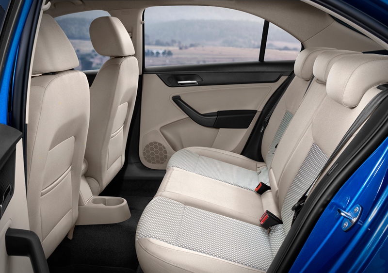 Foto Interiores Seat Toledo Sedan 2013