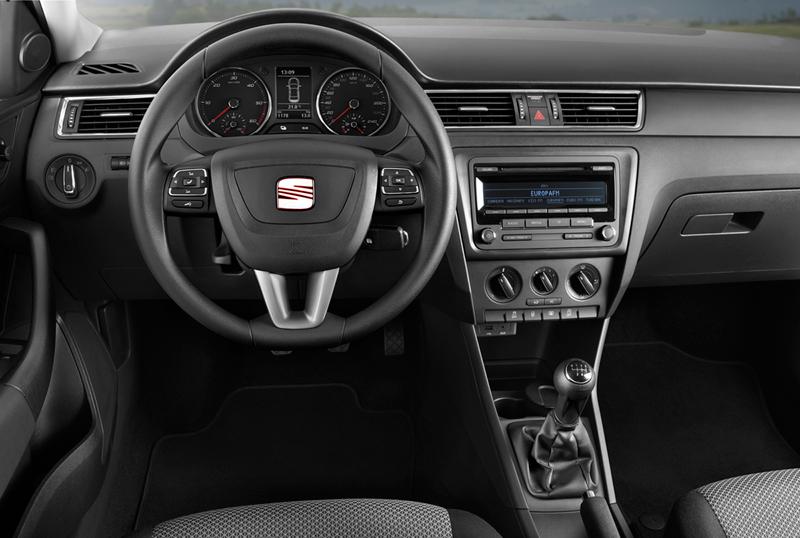 Foto Salpicadero Seat Toledo Sedan 2013