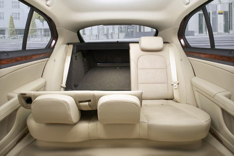 Foto Interiores Skoda Superb Sedan 2009