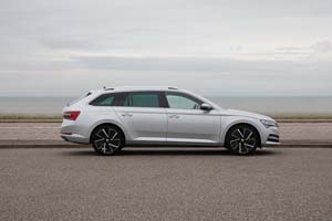 Foto Exteriores (14) Skoda Superb-combi-iv Familiar 2020