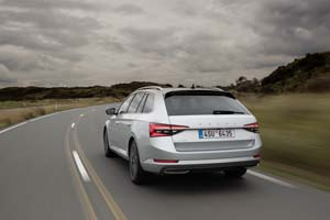 Foto Exteriores (4) Skoda Superb-combi-iv Familiar 2020