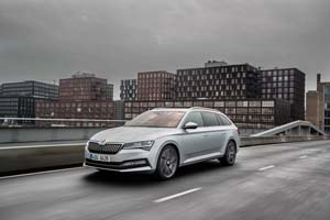 Foto Exteriores (6) Skoda Superb-combi-iv Familiar 2020