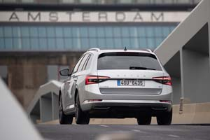 Foto Exteriores (8) Skoda Superb-combi-iv Familiar 2020