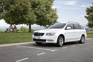 Foto skoda superb-greenline 2011
