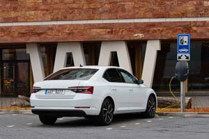 Foto Exteriores (10) Skoda Superb-iv Sedan 2020