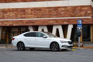 Foto Exteriores (11) Skoda Superb-iv Sedan 2020