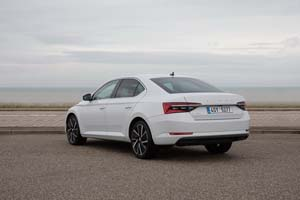 Foto Exteriores (15) Skoda Superb-iv Sedan 2020