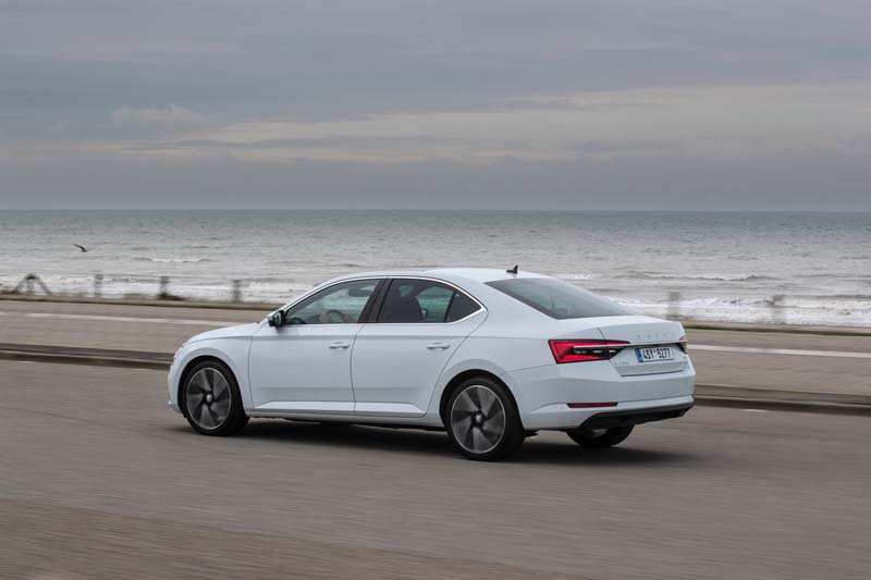 Foto Exteriores Skoda Superb Iv Sedan 2020