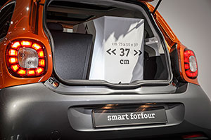Foto Interiores (24) Smart Forfour Dos Volumenes 2014
