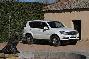 Foto Exteriores (9) Ssangyong Rexton-w-d22t Suv 2016