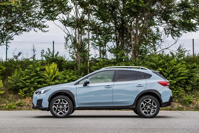 Foto Perfil Subaru Xv Suv Todocamino 2017