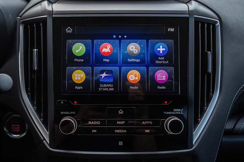 Subaru Forester EcoHYBRID 2020, foto pantalla del salpicadero