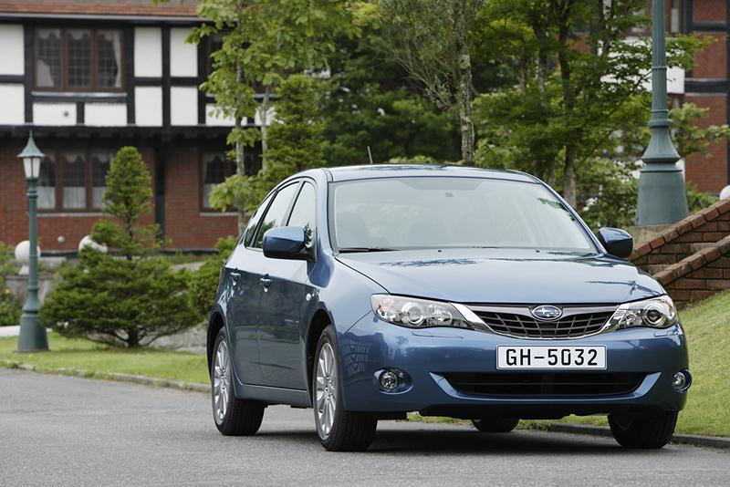 Foto Delantero Subaru Impreza Dos Volumenes 2008