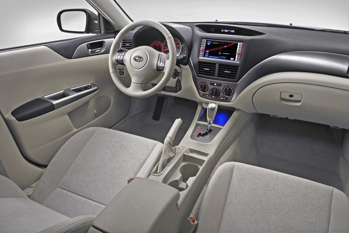 Foto Salpicadero Subaru Impreza Dos Volumenes 2008