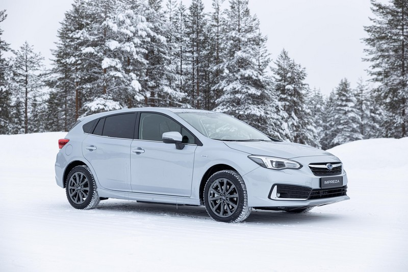 Foto Delantera Subaru Impreza Eco Hybrid Dos Volumenes 2020
