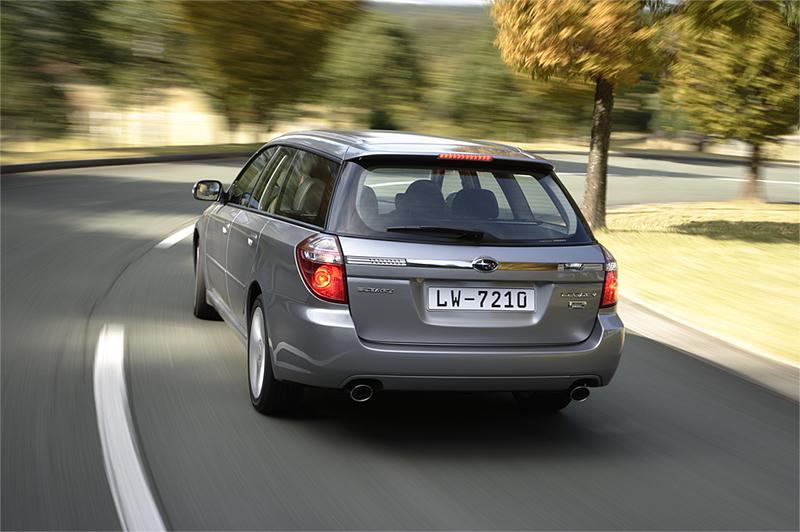 Foto Trasera Subaru Legacy Familiar 2008