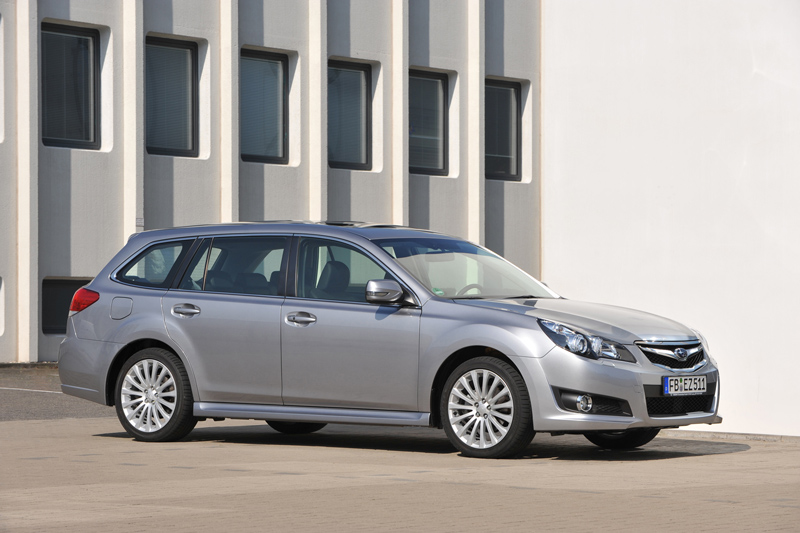 Foto Exteriores Subaru Legacy Familiar 2010