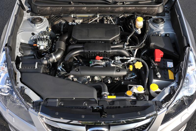 Foto Mecanicas Subaru Legacy Familiar 2010