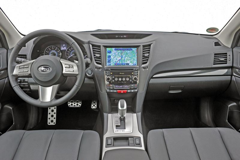 Foto Salpicadero Subaru Legacy Familiar 2010
