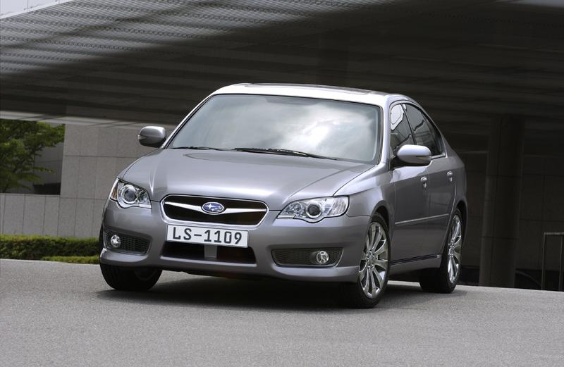 Foto Delantero Subaru Legacy Sedan 2008