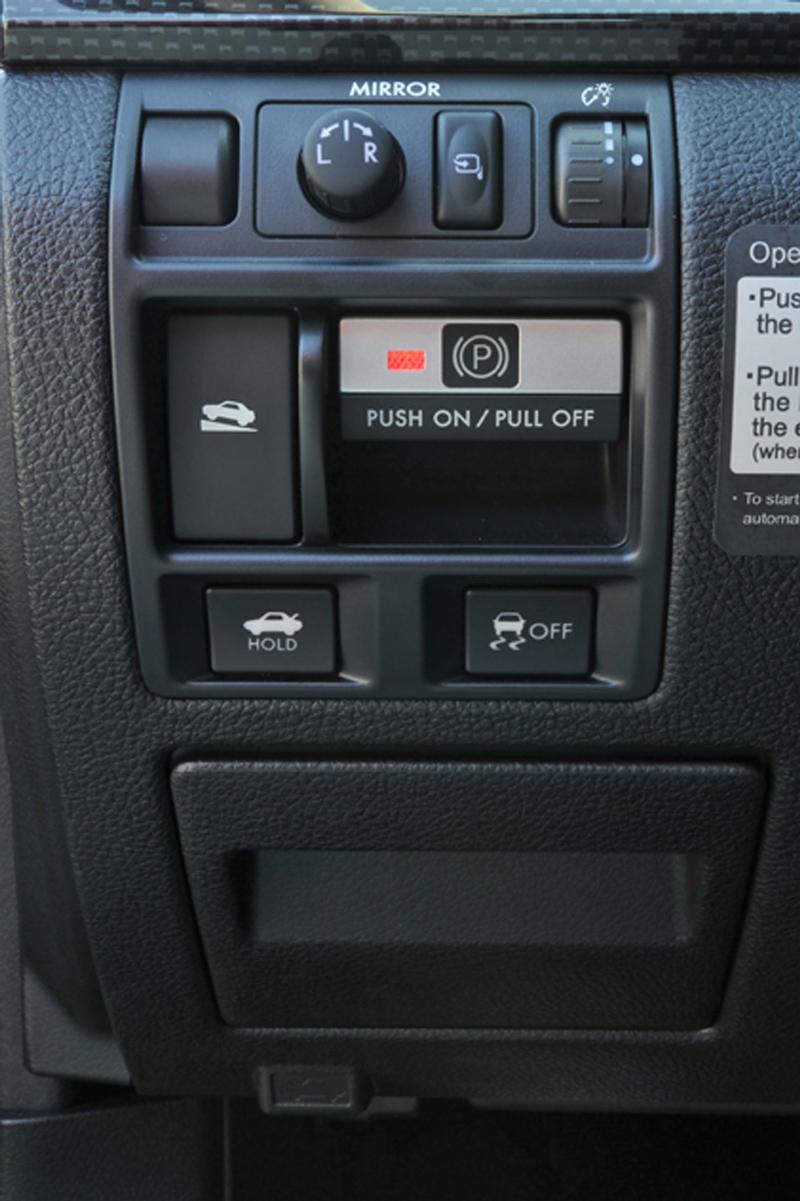 Foto Detalles Subaru Legacy Sedan 2010