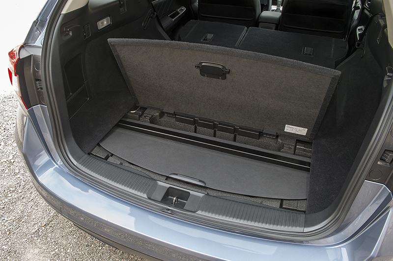 Foto Interiores (9) Subaru Levorg Familiar 2015