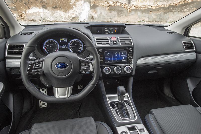 Salpicadero del Subaru Levorg
