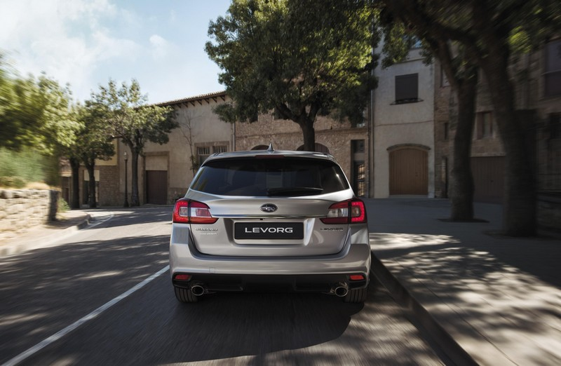 Foto Trasera Subaru Levorg Familiar 2018