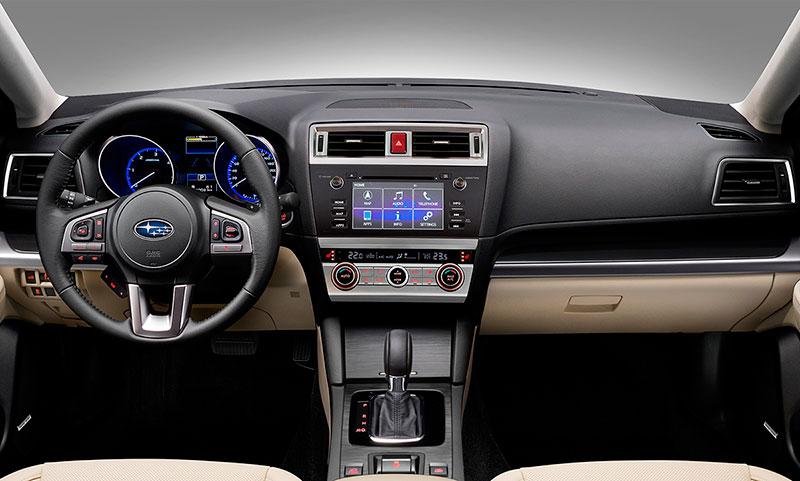 Salpicadero Subaru Outback 2015
