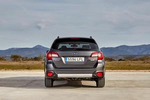 Foto Trasera Subaru Outback-silver-edition Suv Todocamino 2020