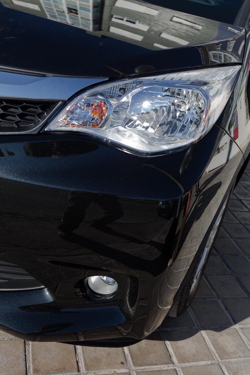 Foto Detalles Subaru Trezia Monovolumen 2011