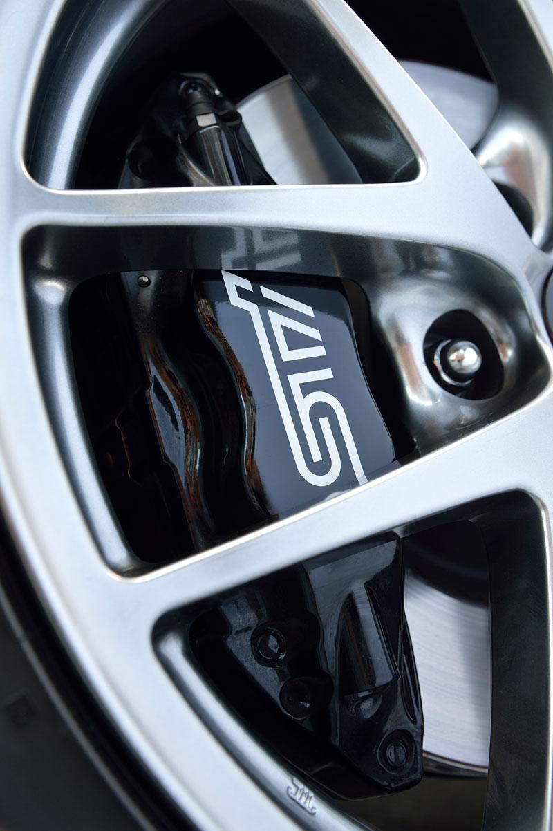 Foto Detalles (8) Subaru Wrx-sti Sedan 2014