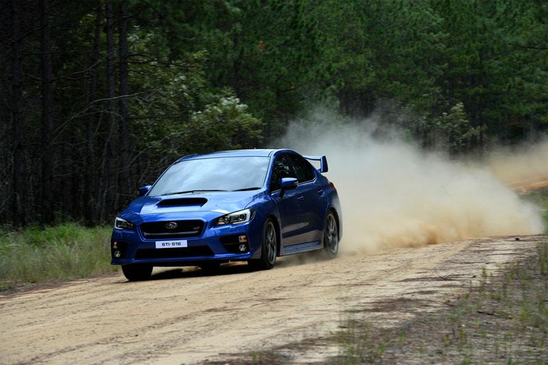 Foto Exteriores (10) Subaru Wrx-sti Sedan 2014