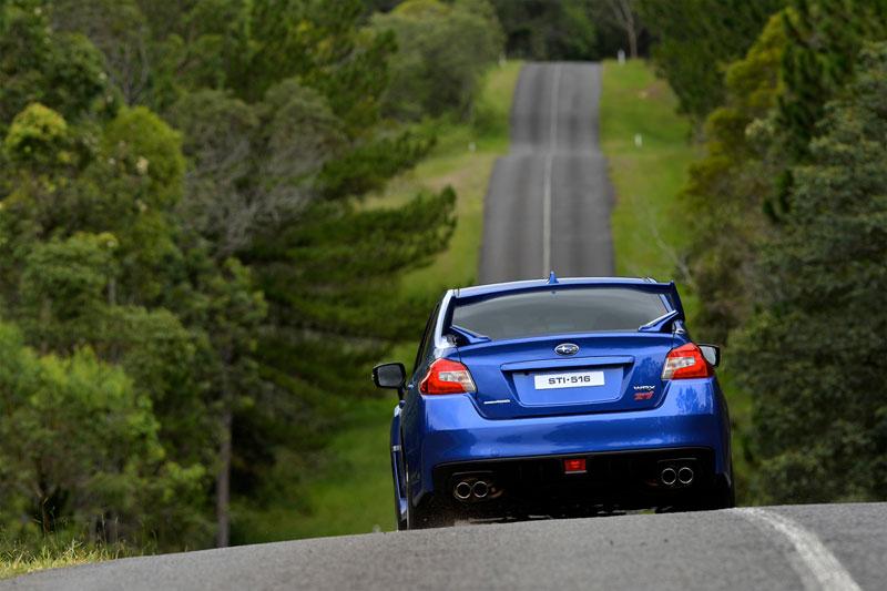 Foto Exteriores (18) Subaru Wrx-sti Sedan 2014
