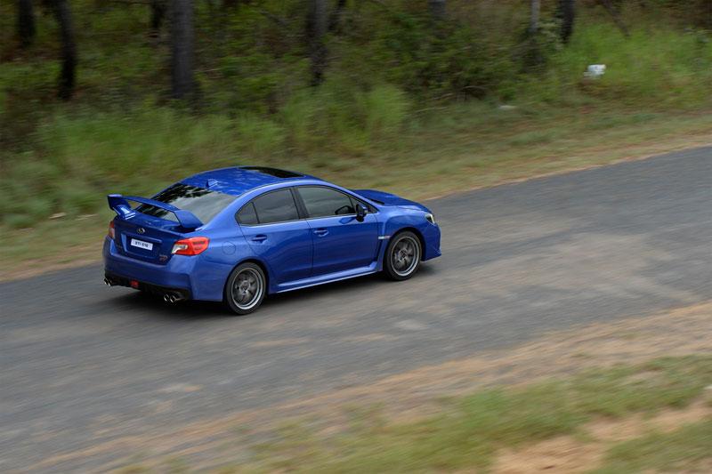 Foto Exteriores (19) Subaru Wrx-sti Sedan 2014