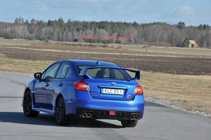 Foto Exteriores (69) Subaru Wrx-sti Sedan 2014