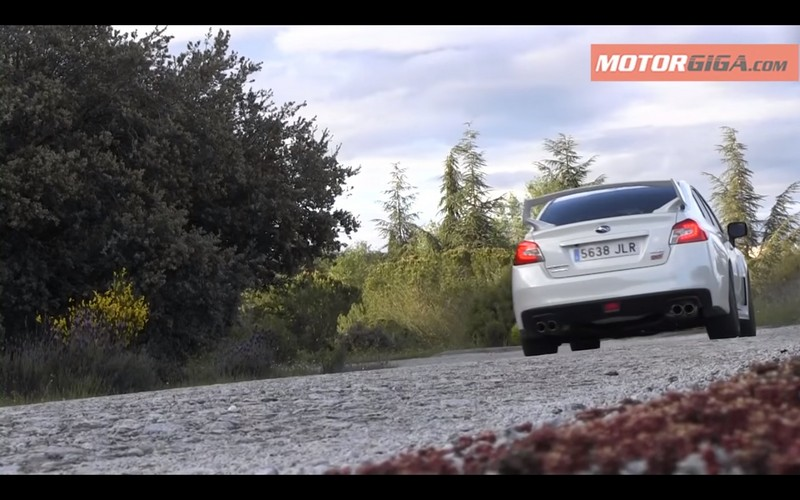 Foto Trasera Subaru Wrx Sti Prueba Sedan 2016