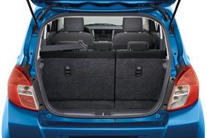 Foto Interiores 3 Suzuki Celerio Dos Volumenes 2015