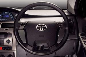 Foto Interiores Tata Indica Dos Volumenes 2012