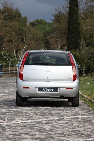 Foto Exteriores (5) Tata Vista Dos Volumenes 2012