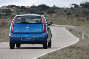 Foto Exteriores (9) Tata Vista Dos Volumenes 2012