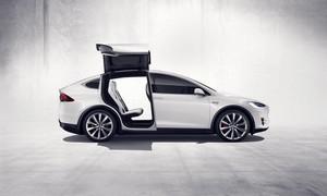 Foto Exteriores (2) Tesla Model-x-suv-todocamino 2015