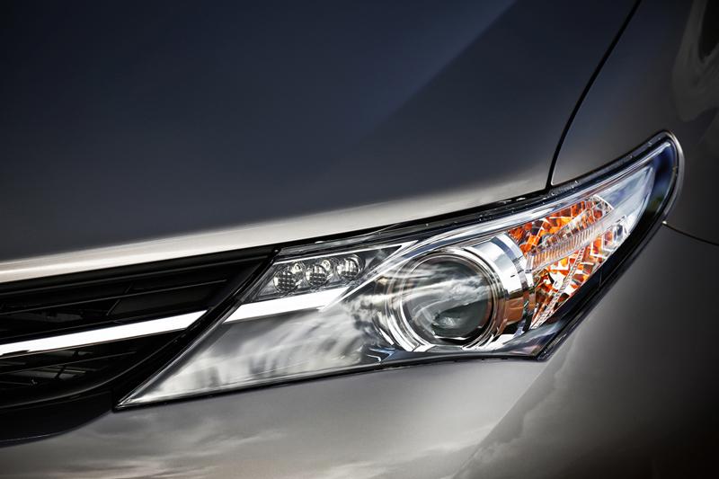 Foto Detalles Toyota Auris Dos Volumenes 2012