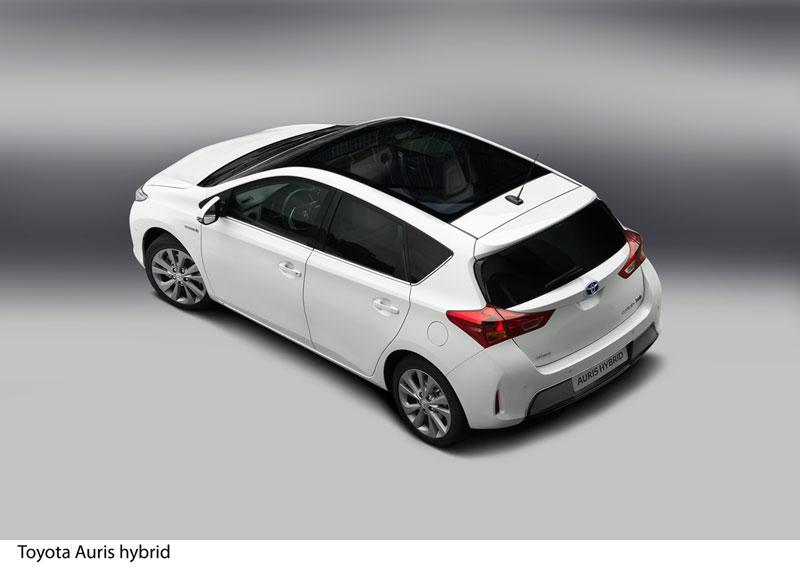 Foto Exteriores Toyota Auris Dos Volumenes 2012