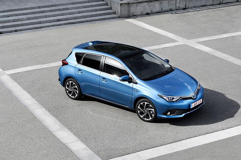 Foto Exteriores Toyota Auris Dos Volumenes 2015