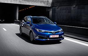 Foto Exteriores (11) Toyota Auris Familiar 2015