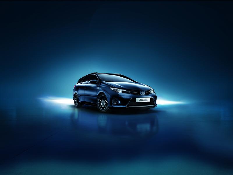 Foto Exteriores Toyota Auris Feel Dos Volumenes 2014