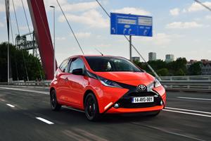 Foto Exteriores (6) Toyota Aygo Dos Volumenes 2014