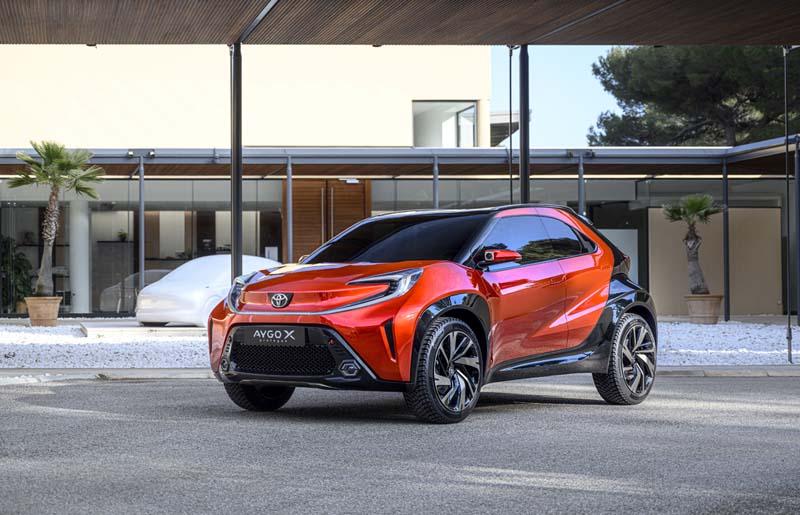 Foto Delantera Toyota Aygo X Dos Volumenes 2021