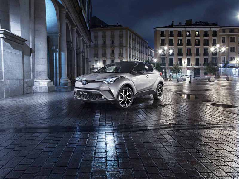 Foto Foto Delantera Toyota C Hr Todocamino Toyota C Hr Suv Todocamino 2016
